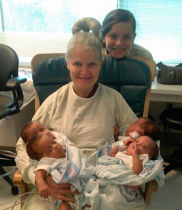 Сорокадвохрічна Кімберлі Фугат з дочками