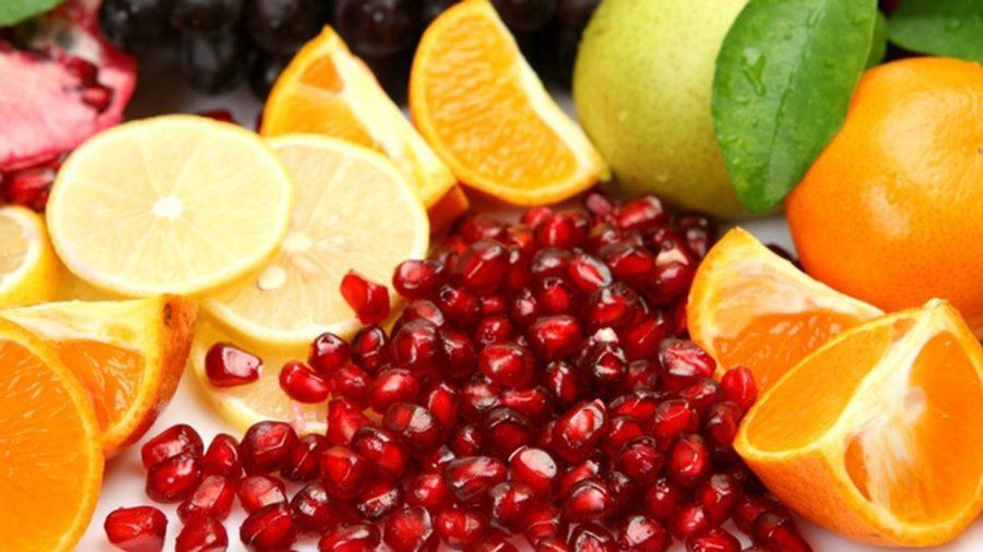 Цитрусові і ягоди