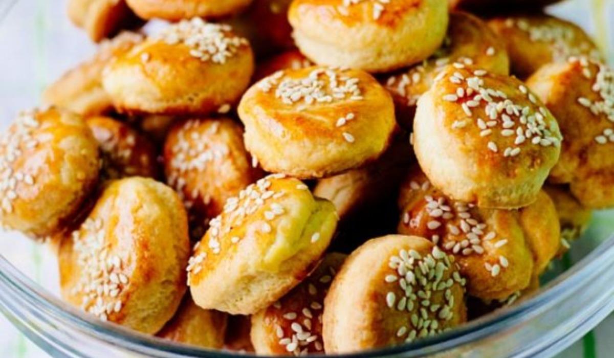 Булочки з яблуками рецепт