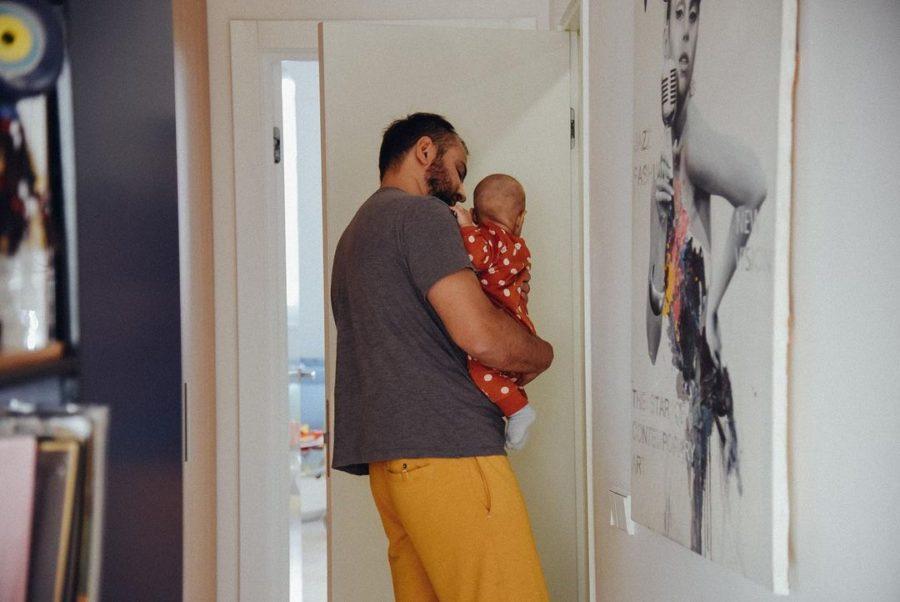 Чоловік Джамали Бекір з сином