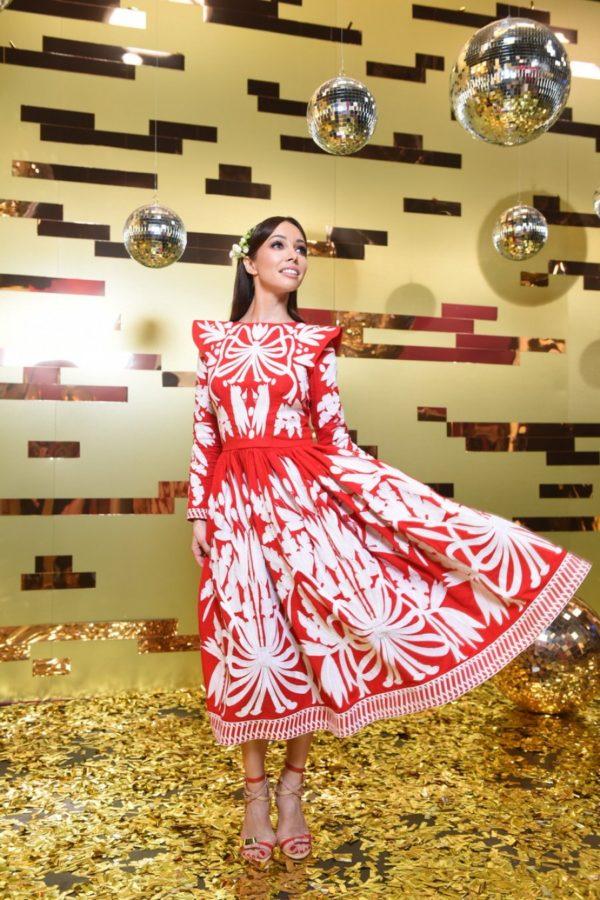Катерина Кухар в сукні від Юлії Магдич