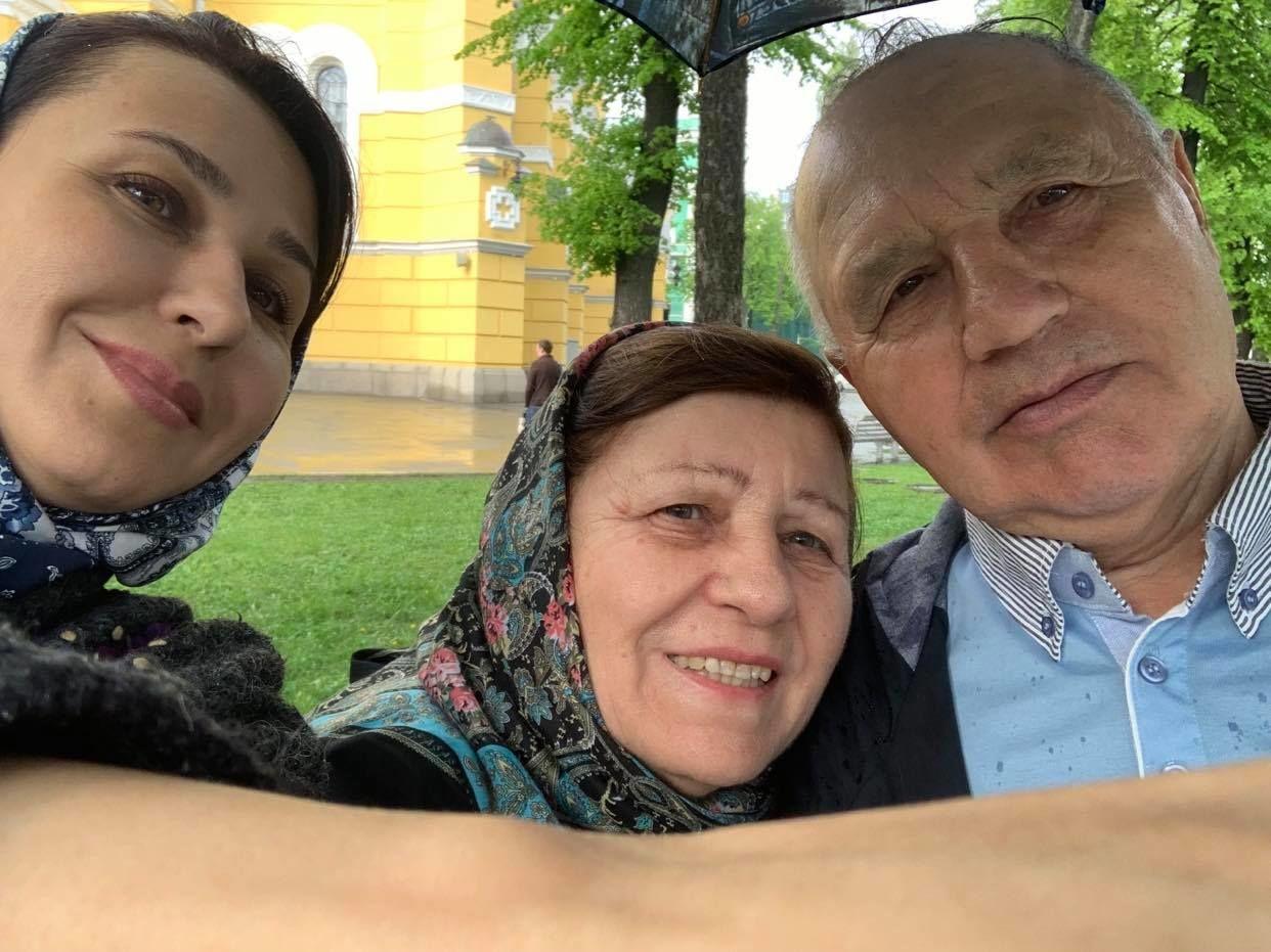 Наталія Мосейчук з батьками