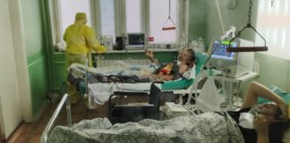Хворі на COVD-19