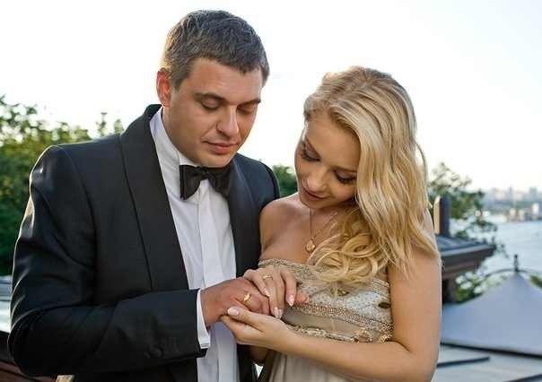 Тіна Кароль з Євгеном Огіром