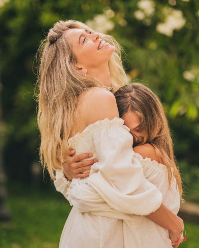 Віра Брежнєва з донькою Сарою