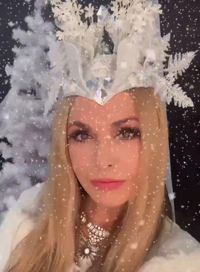 Ольга Сумська в образі Снігової королеви