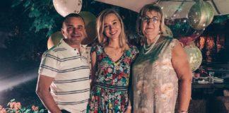 Катерина Реп'яхова з мамою та чоловіком