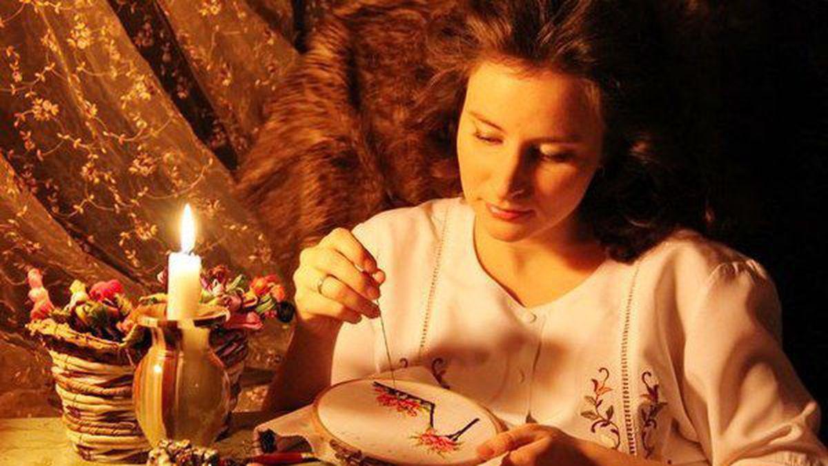 21 грудня дівчата займалися рукоділлям