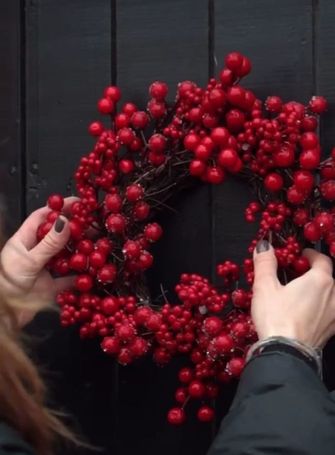 Олена Шоптенко показала святкові прикраси