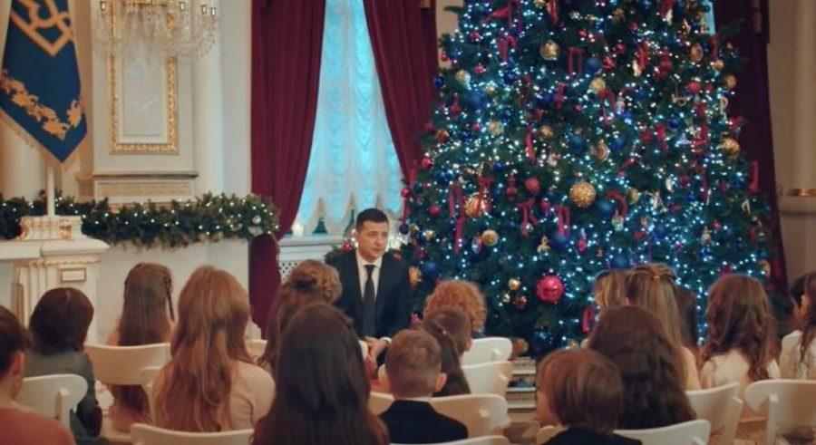 Президент України та маленькі слухачі