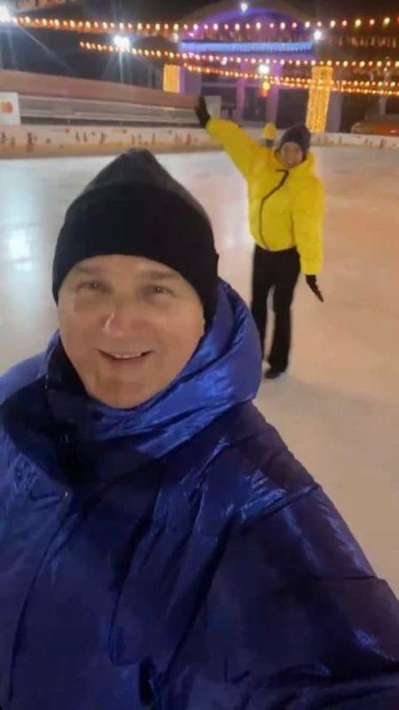 Юрій Горбунов і Катя Осадча на катку