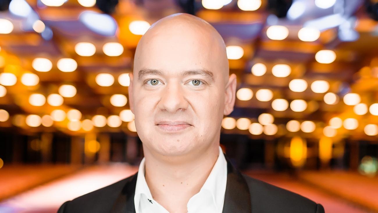 Євген Кошовий перетворився в точну копію продюсера Потапа