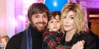 Ірина зі своїм чоловіком та сином