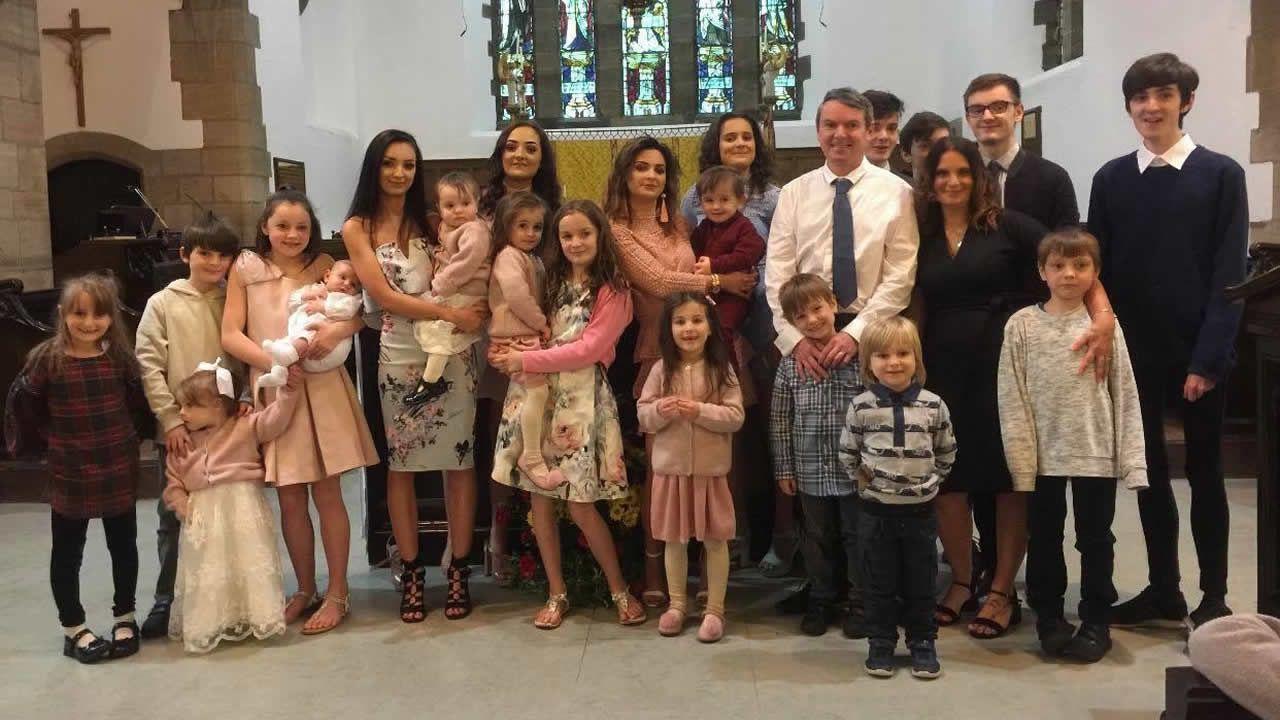 Багатодітна родина С'ю та Ноеля Редфордів