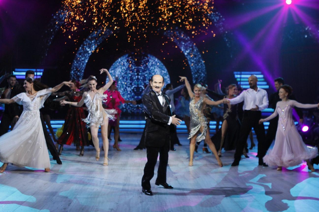 Григорій Сапкіс збадьорила зірок своїми танцями