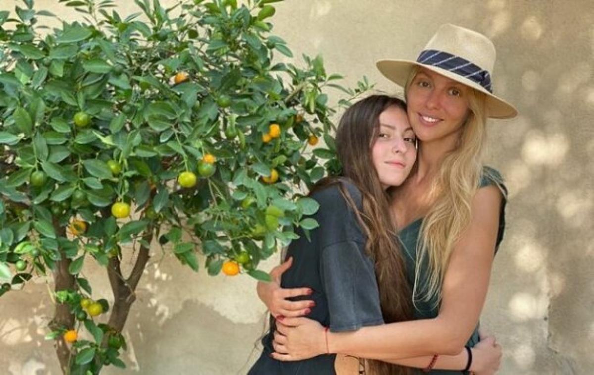 Дві красуні: мама та донька