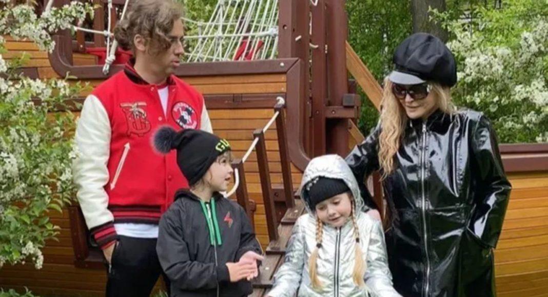 Максим Галкін і Алла Пугачова з дітьми
