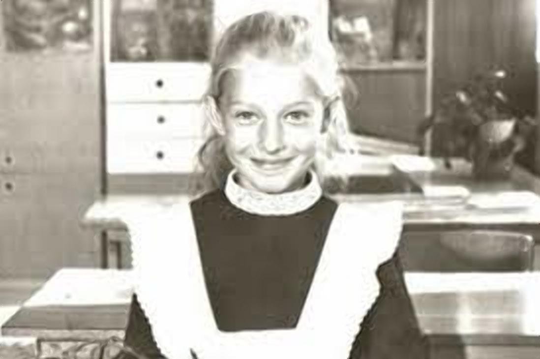 Катя Осадча в шкільні роки