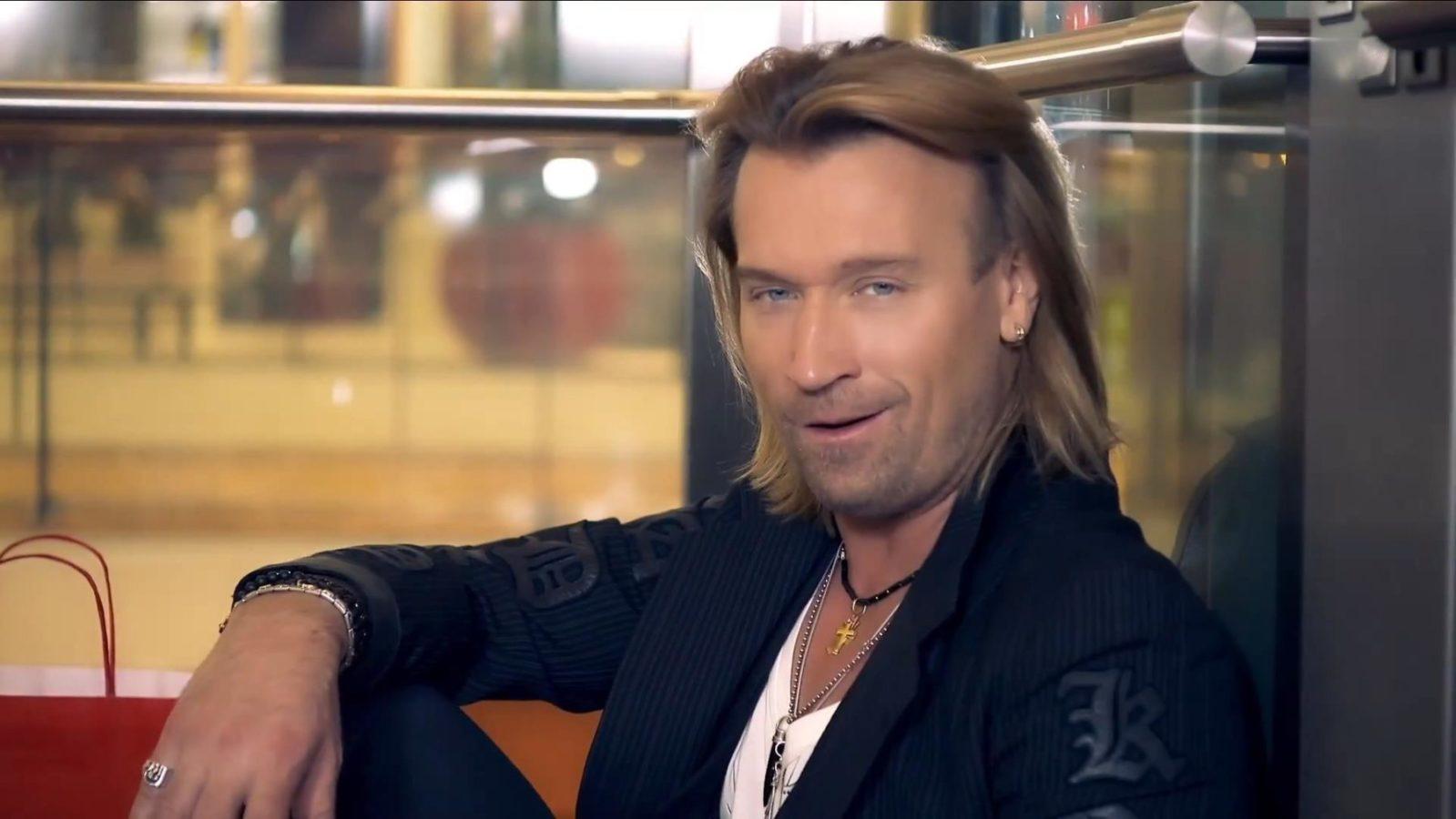 Олег Винник змінив колір волосся і перетворився у брутального мачо