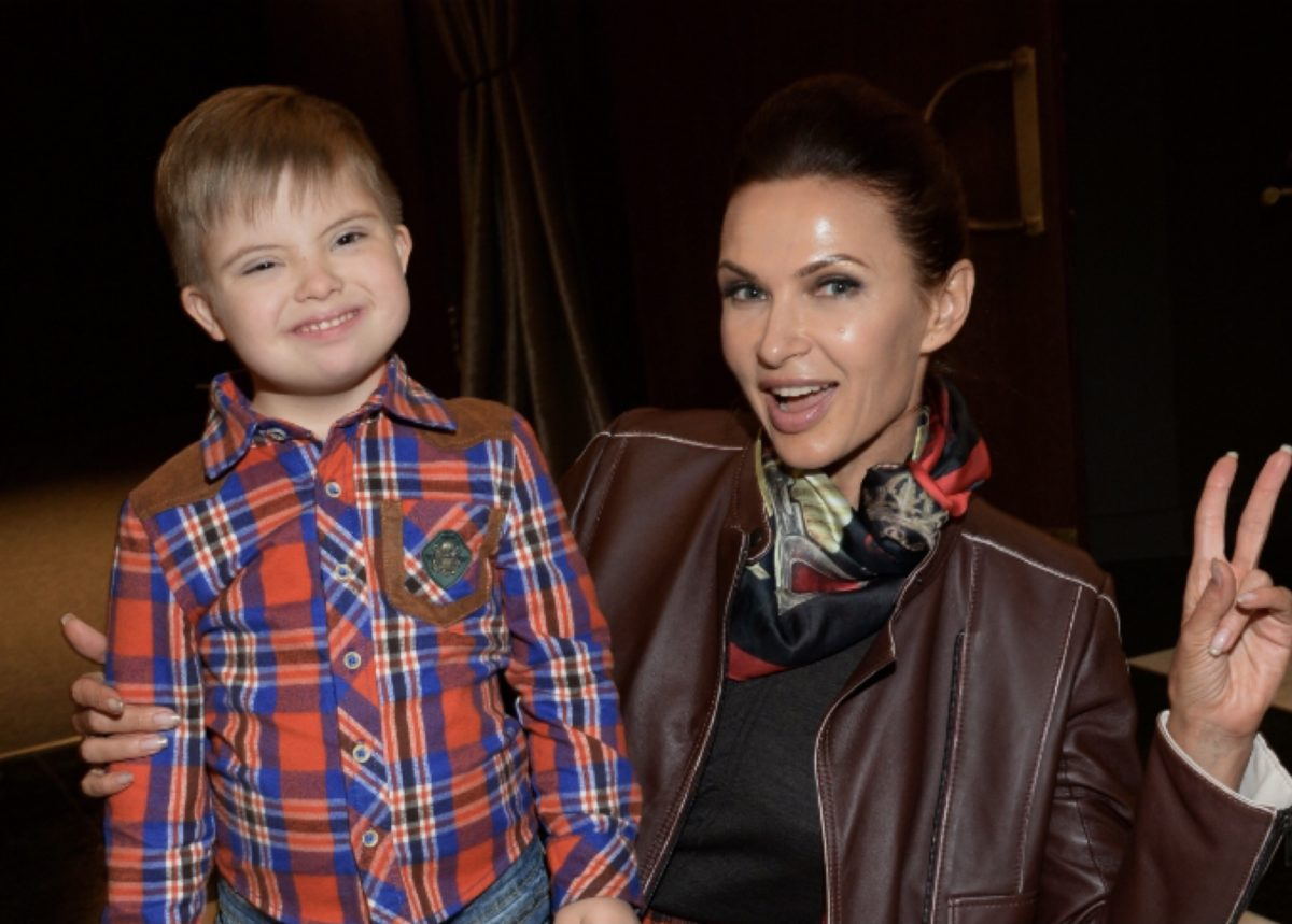 Евеліна Бльоданс та її маленький син