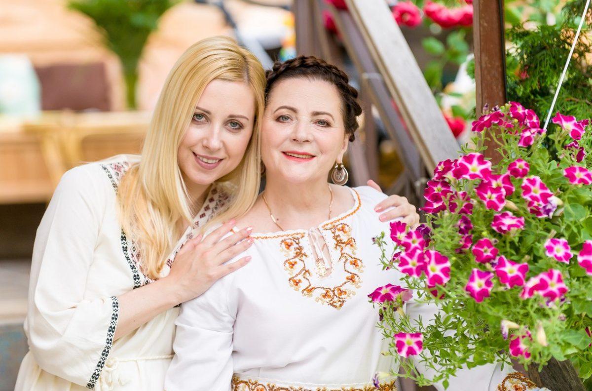Ніна і Тоня Матвієнко