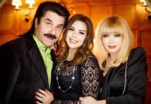 Павло Зібров з донькою та дружиною