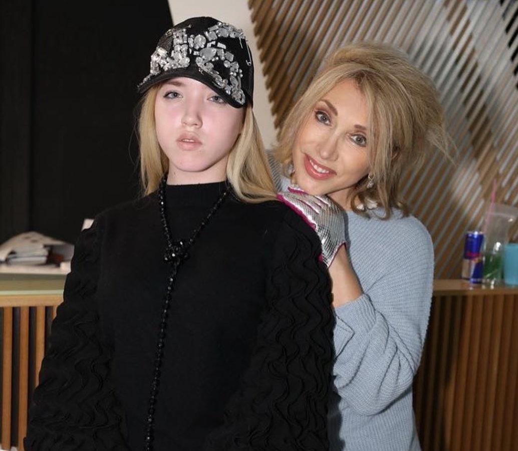 Олена Воробей з донькою