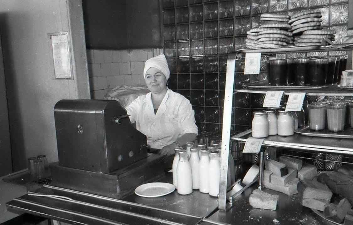 Спогади про радянські їдальні