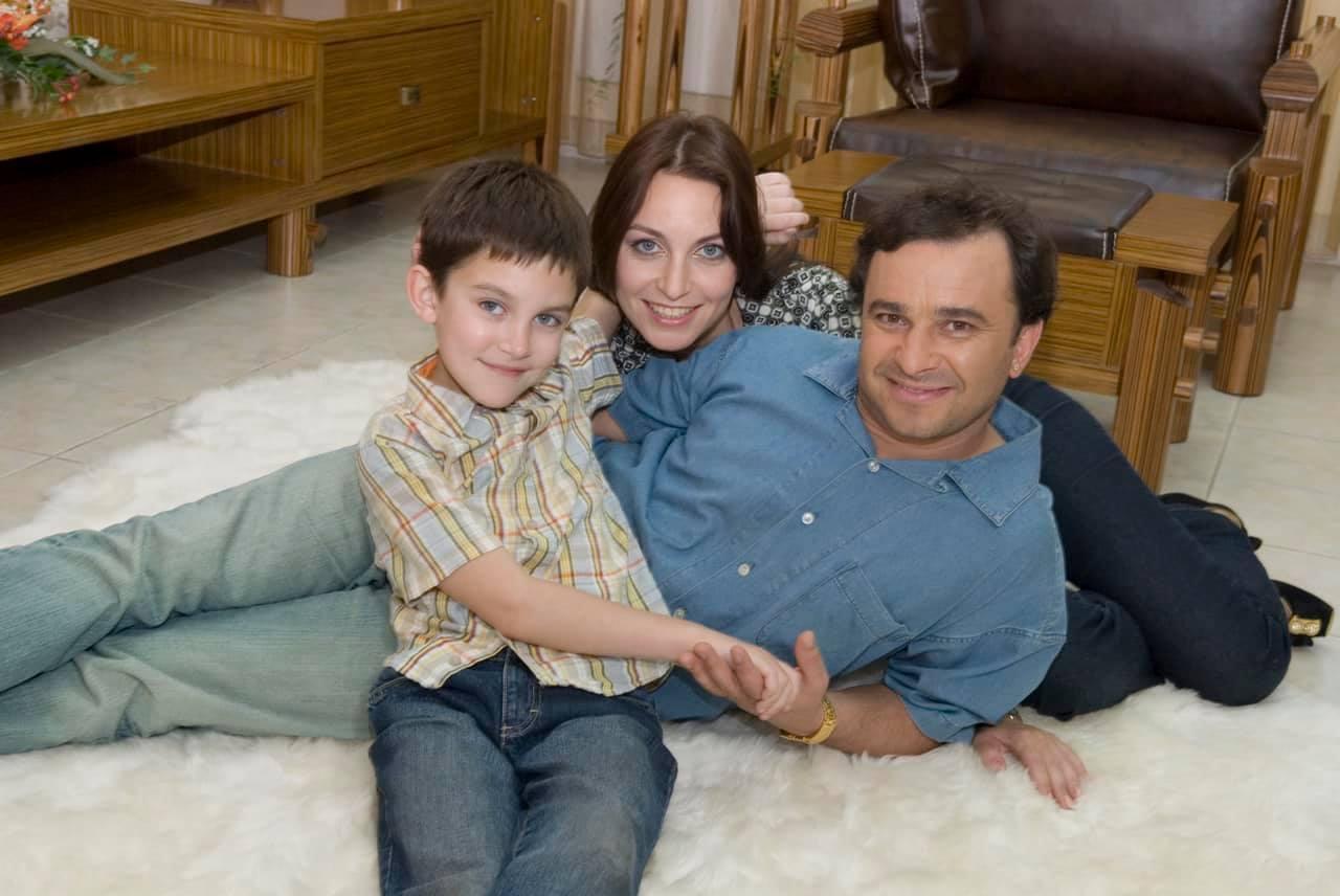 Віктор Павлік з колишньою дружиною Ларисою та їх покійним сином Павлом