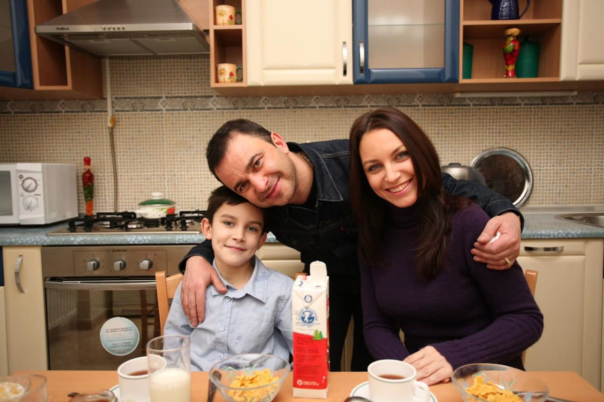 Віктор Павлік з колишньою дружиною Ларисою Созаєвою та їх сином Павлом