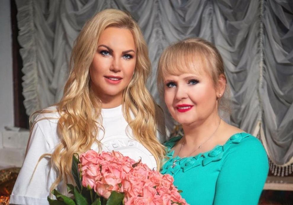 Камалія з мамою