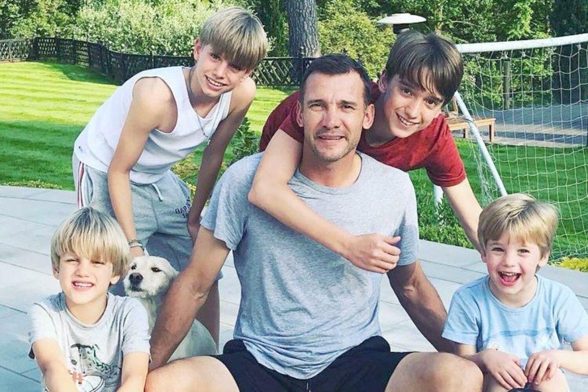 Андрій Шевченко з синами