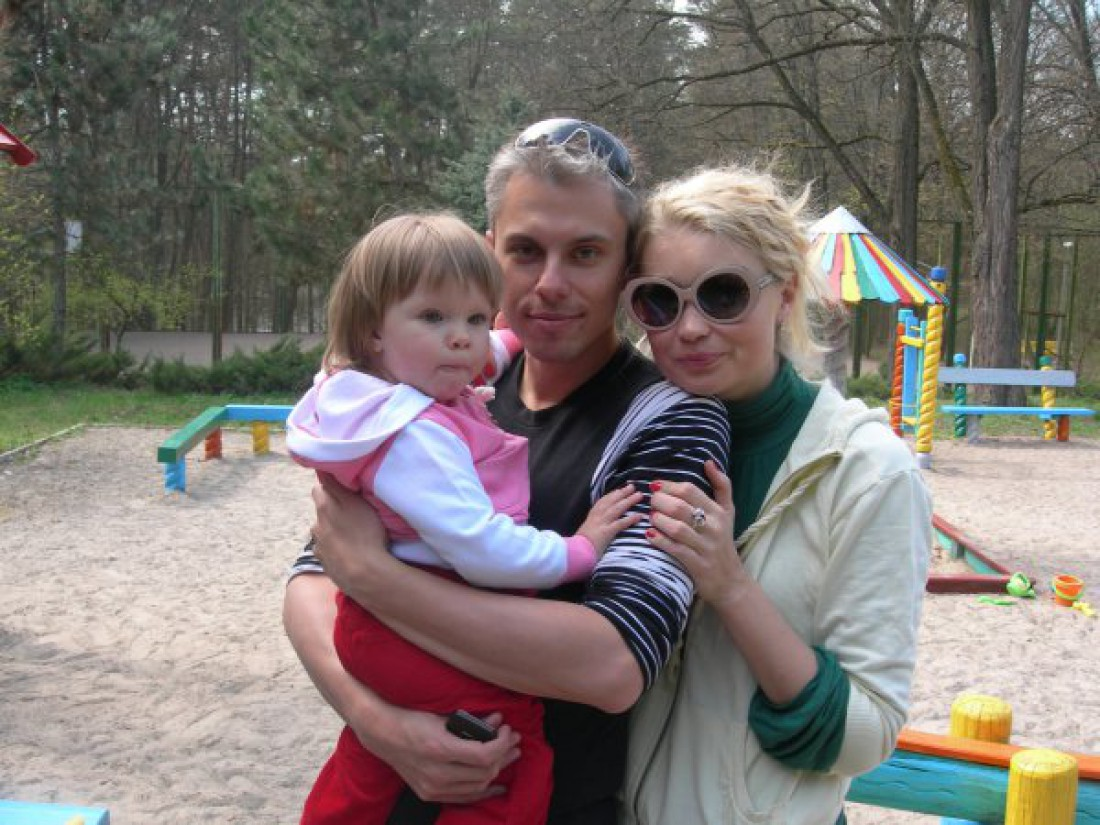Андрій Доманський та Лідія Таран з дочкою Василиною
