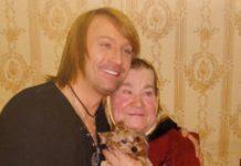 Олег Винник з матір'ю