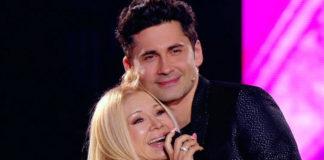 Дан Балан з мамою