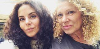 Настя Каменських з мамою