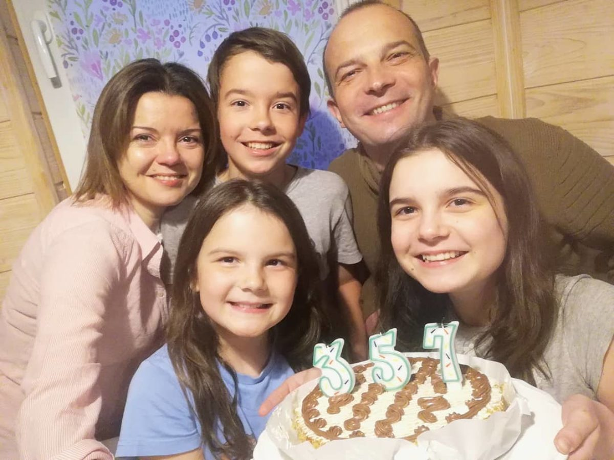 Марічка Падалко з родиною