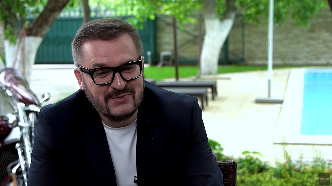 Олександр Пономарьов на інтерв'ю