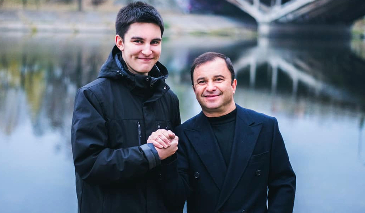 Віктор Павлік та його син Павло